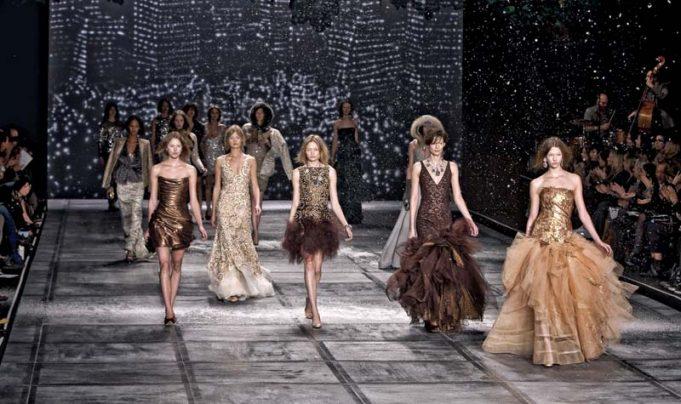 models ramp walk on fashion show